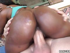 Black princess with big ass is having interracial fuck outdoors