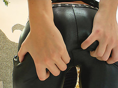 This beautiful bubble butt blond gets ready for an assfuck.