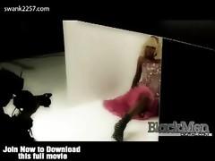 Watch Nicki Minaj in her constricted latex.